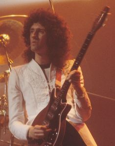 Brian May with Red Special guitar