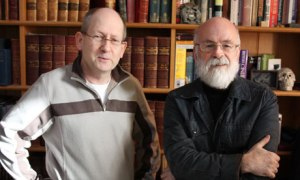 Author photograph by Rob Wilkins of Stephen Baxter and Terry Pratchett