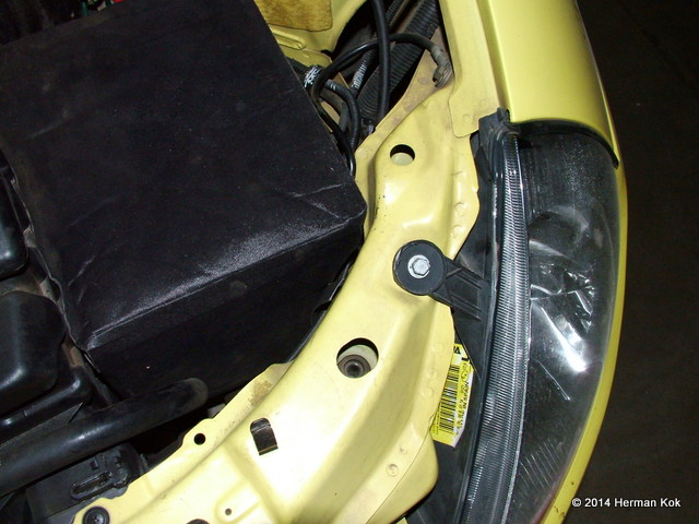 Ford Ka headlight top view