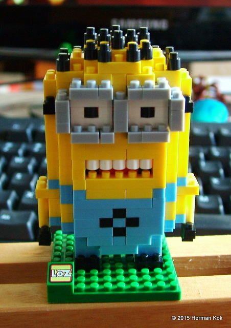 Nano Block Minion figurine